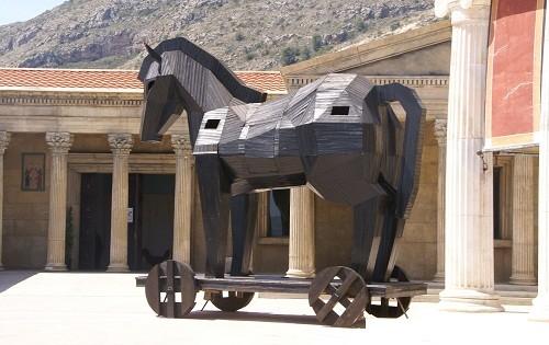 caballo de troya Mitos y leyendas: El caballo de Troya