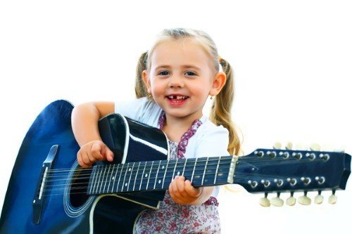 Conoce los beneficios de la música en los niños